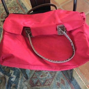 Duffle bag , fully lined/ w inside pockets